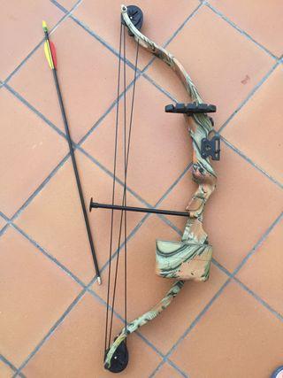 Arco de poleas para practicar tiro con arco