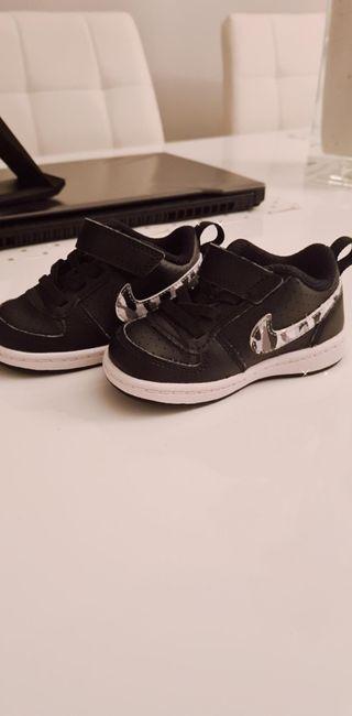 Me preparé Más bien Recuento  Zapatillas Nike bebe de segunda mano en Alcobendas en WALLAPOP
