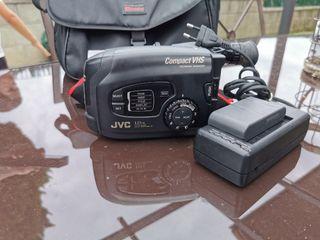 camara de video JVC GR-AX270 ( ANTIGÜA)