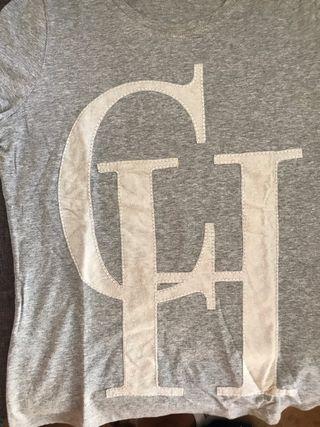 Camiseta Carolina Herrera con logo