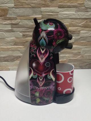 "Cafetera Nescafé Dolce Gusto diseño ""CUSTO"""