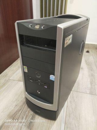 Caja de PC sólo con placa Foxconn