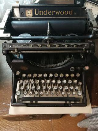 Máquina de escribir Underwood