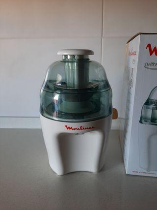 Licuadora Moulinex Vitae con 2 usos