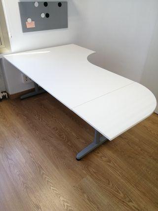 Mesa Despacho BEKANT