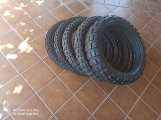 Lote de neumáticos de moto enduro