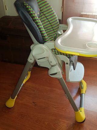 Trona y primera silla chicco