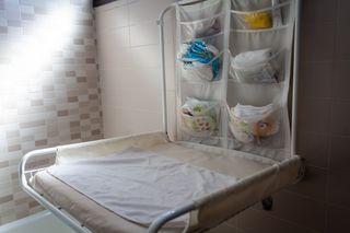 Cambiador de bebé de pared