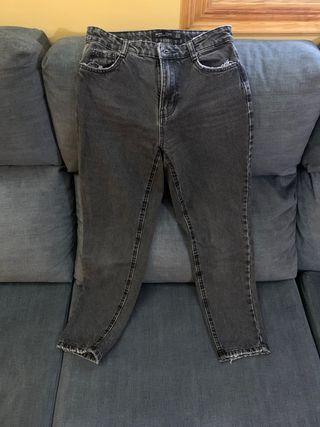 Jeans Bershka en perfecto estado