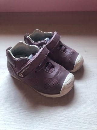 Zapatillas Biomecanics niña 21