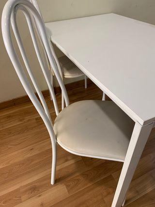 Mesa IKEA blanca en oferta