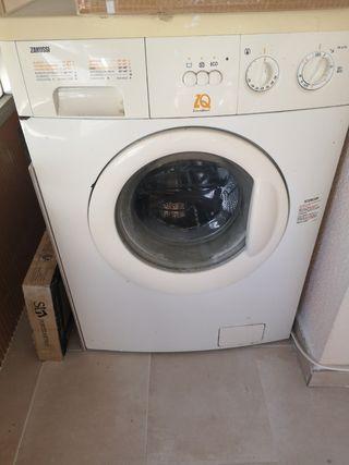 vendo lavadora zanusssi