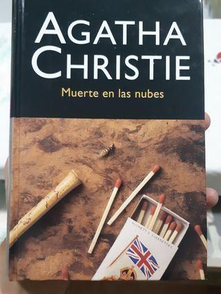 MUERTE EN LAS NUBES, Agatha Christie