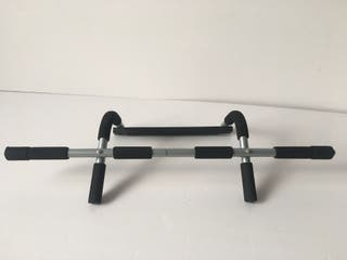 Pull up bar - BRAND NEW!