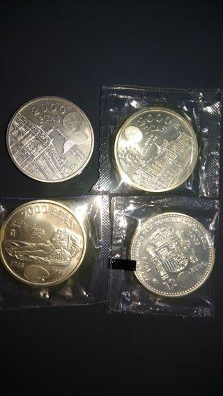 4 monedas de 2000 pesetas de plata