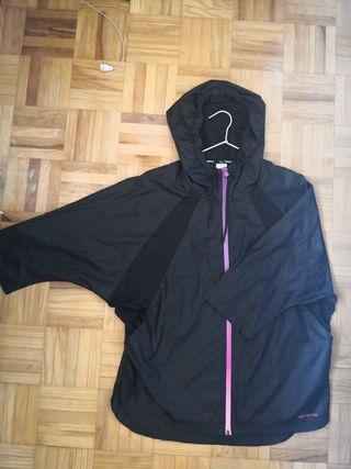 chaqueta chubasquero impermeable adidas