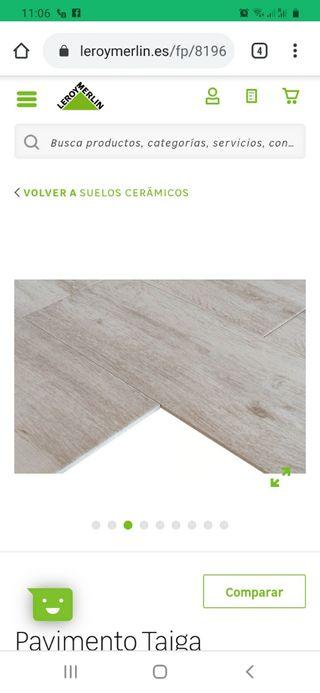 8 cajas de Suelo cerámico imitación madera