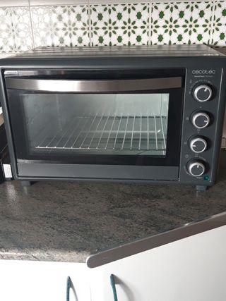 Horno sobremesa Cecotec Bake&Toast 750 Gyro