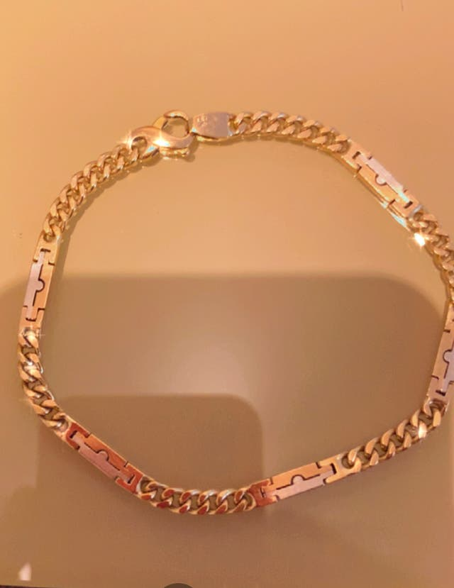 Pulsera de oro macizó modelo Tous