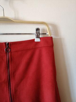 falda ante roja cremallera Zara