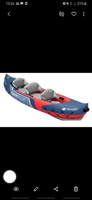 kayak hinchable está en muy buen estado