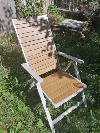 reclining chair, outdoors