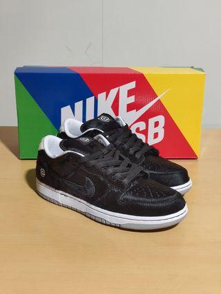 Nike SB Dunk Low x Medicom Toy