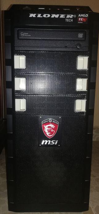 PC AMD fx8350K // GTX 970 // 8gb Ram SMI