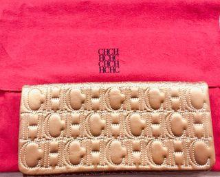Carolina Herrera clutch dorado