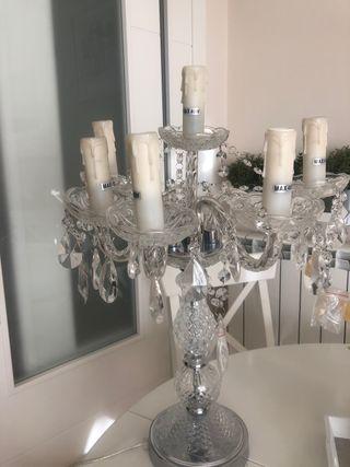 Lámpara de mesa estilo candelabro