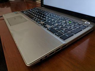 """Portátil Toshiba 15.6"""" i7, 16GB, 1TB P50B"""