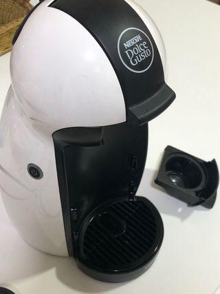 Cafetera Dolce Gusto Piccolo blanca