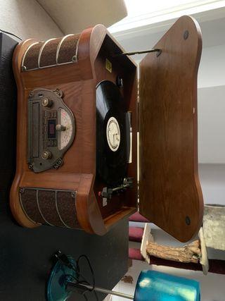 Reproductor cd,vinilo, radio Am Fm, grabador Usb