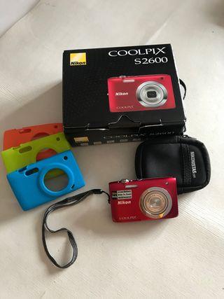 Cámara Nikon Coolpix 2600