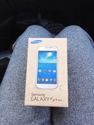 caja Samsung Galaxy S4 mini