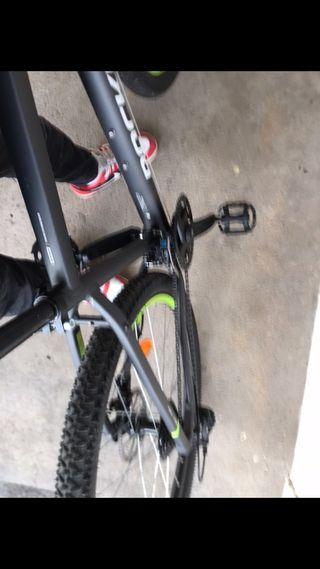 Je vends un petit vélo d'occasion