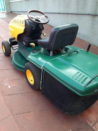 Tractor cortacesped y malezas Jaguar