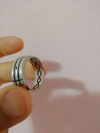 anillo Atlante de plata