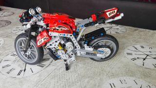 Moto LEGO TECHNIC