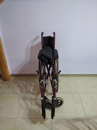 silla de ruedas plegable