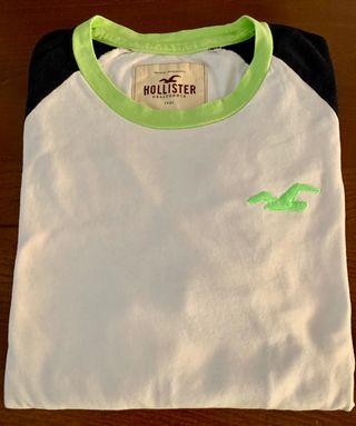 Camiseta surfera en manga francesa Hollister.