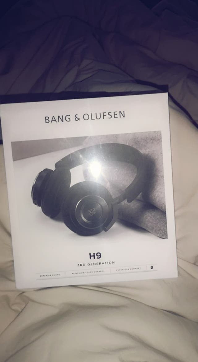 bang and olufsen H9 headphones (brand new)