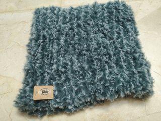 Cuello de lana verde agua hecho a mano Unisex
