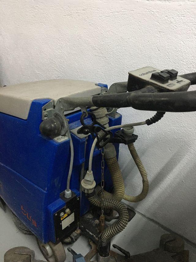 Fregadora eléctrica