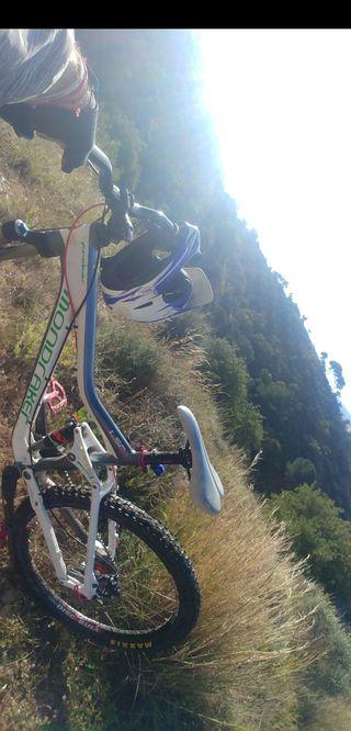 bicicleta mondraker montaña mtb enduro dh bici