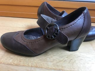 Zapatos pitillo tacón bajo