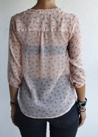 Camisa plumas