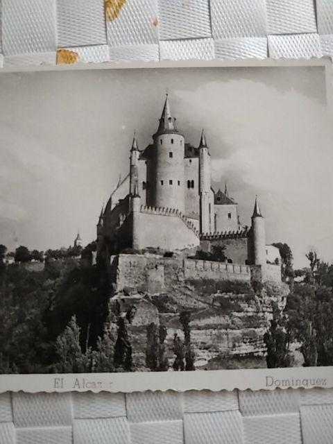 foto postal del alcázar de Segovia del año 1952