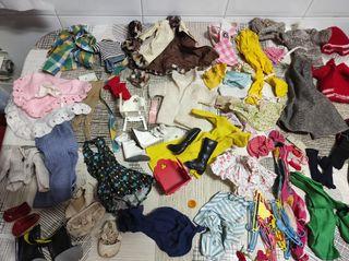 Lote de ropa muñeca