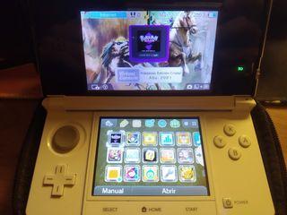 Nintendo 3DS blanca + Pokemon Crystal